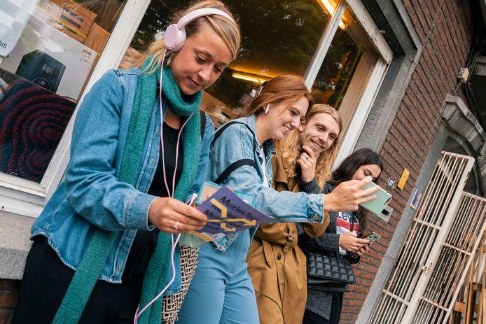 Met de Muziektour Hasselt wil het bestuur haar inwoners een nieuwe, muzikale kijk geven op de stad.