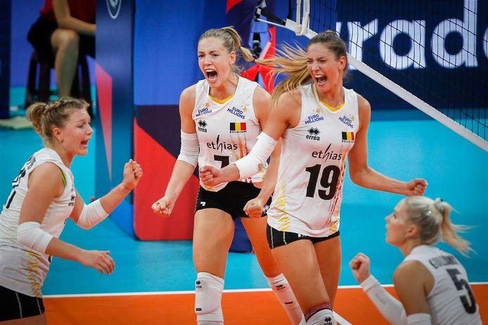 De Yellow Tigers in het EK in Belgrado.
