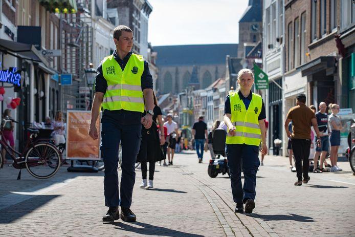 Met het mooie weer op komst, wordt in de recreatiegebieden in de Regio IJsselland komend weekend strenger gehandhaafd én beboet. (archieffoto)