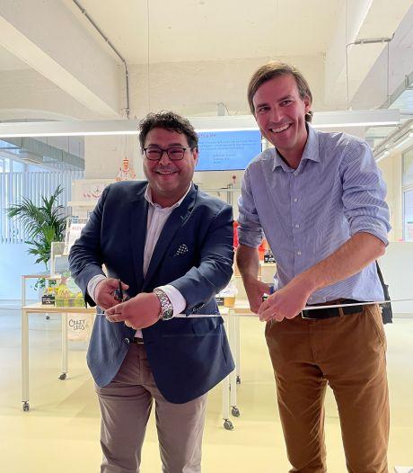 """Nieuwe UiTWinkel in Veldstraat officieel geopend: """"Cultuur moet toegankelijk zijn voor iedereen"""""""