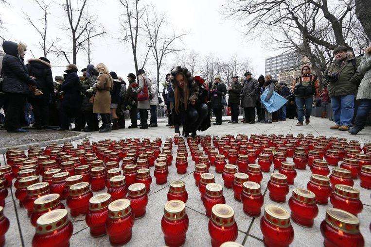 Duizenden mensen hebben vandaag in Moskou afscheid genomen van de vermoorde oppositieleider Boris Nemtsov Beeld anp
