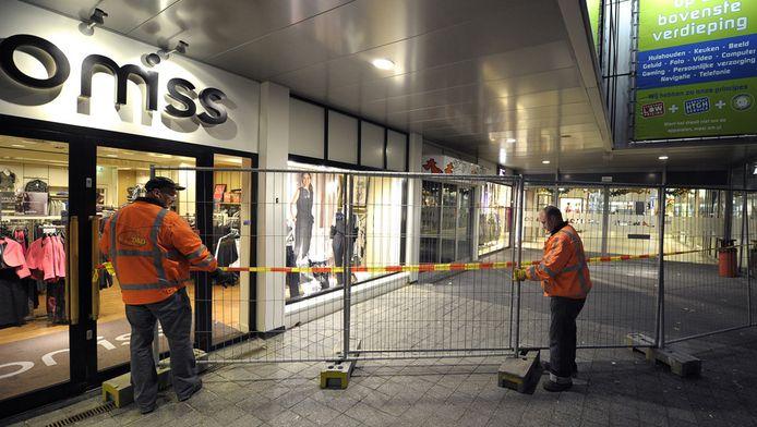 Winkelcentrum 't Loon in Heerlen is voor een groot deel ontruimd vanwege instortingsgevaar. © ANP