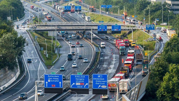 De A10-West is zes weken dicht voor groot onderhoud. Beeld anp