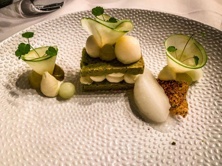 Restaurant de mangerie: dessert pistache krokantje met witte chocolade en gember