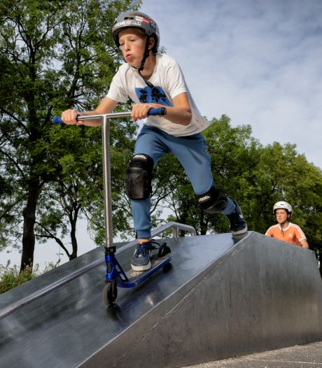 Jeugd in Rosmalen vraagt de gemeenteraad: 'Geef ons een skatebaan. Deze is echt kapot'