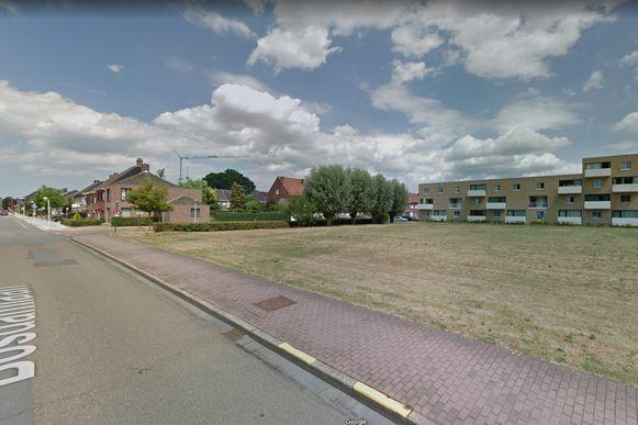 De braakliggende gronden op de hoek van de Hof ter Wellelaan en Bosdamlaan zullen privaat verkaveld worden.
