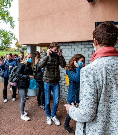 Mondkapjes verplicht op Deventer scholen: wie niet meedoet mag niet meer naar de les