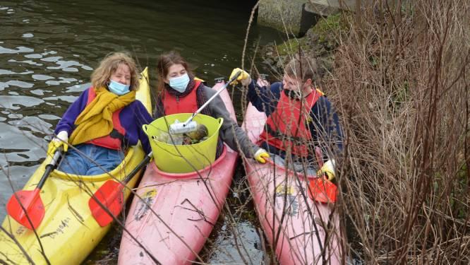 Jongeren maken zaterdag waterlopen proper per kajak