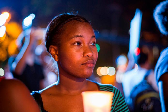 Mensen komen samen in Santo Domingo voor de  International Day for the Elimination of Violence Against Women.
