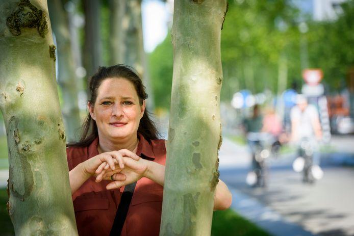 Anneke Sweep is ambassadeur van de nieuwe landelijke campagne 'Kom uit je schuld'.