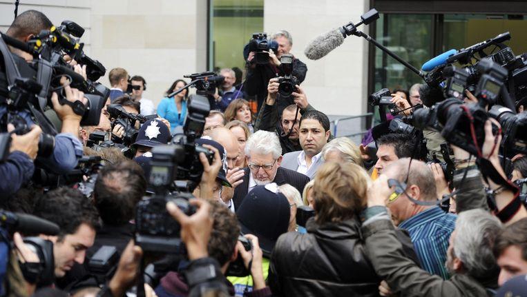 Een van de inmiddels veroordeelden is de Australische presentator Rolf Harris.