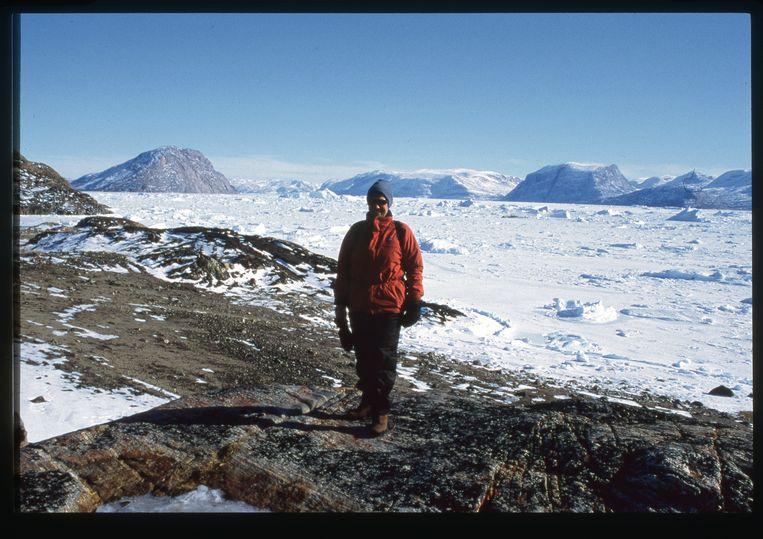 Veerle op dag één in Groenland, voor de gletsjer die haar totaal overdonderde. Beeld Veerle Windels