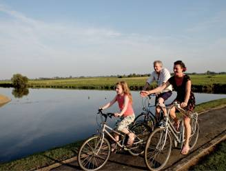 Met grote goesting langs het water in de Fintele, Elzendamme en Het Eversambos