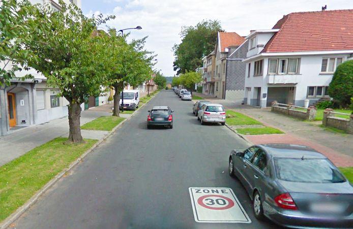 De Gomar Vandewielelaan, de verbindingsweg tussen de Viermaartlaan en het Koningin Astridplein, heeft te kampen met veel snelheidsovertreders.