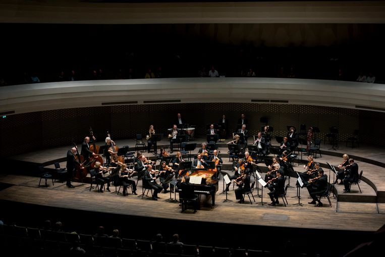 De Concertzaal van Amare in Den Haag. Beeld Maarten Fleskens