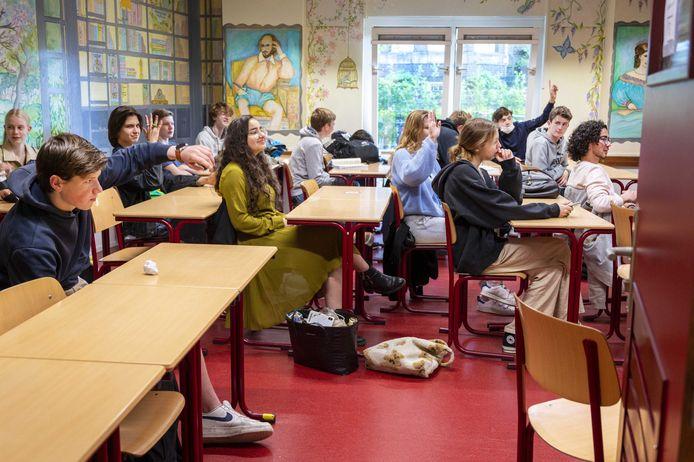 Leerlingen in Amsterdam, foto ter illustratie.  EPA/EVERT ELZINGA