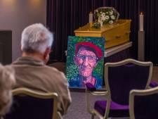 Bekendste 'Twentse trucker' Jan van Erkelens overleden: wonderlijk leven, sober afscheid