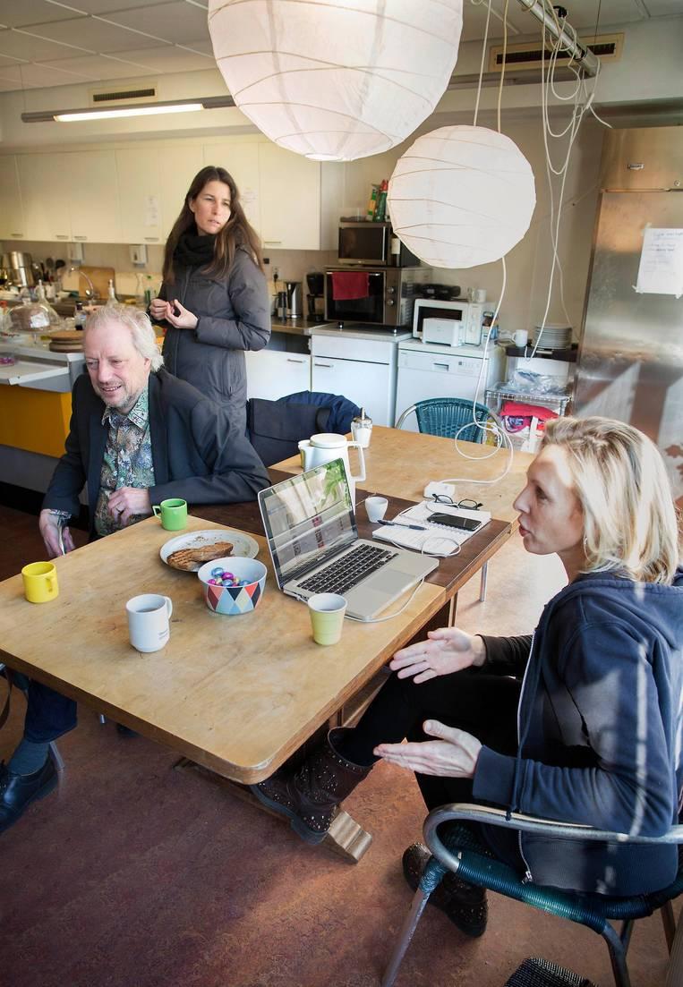 TROUW Amsterdamse asiel-activist: De integratie vlot niet