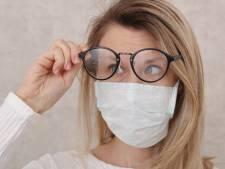 L'astuce pour empêcher la buée sur vos lunettes lorsque vous portez le masque