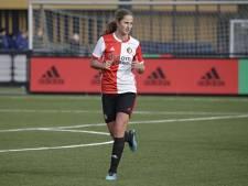 Dordtse Yara (17) mag nieuw Feyenoord-shirt tonen: 'Een enorme eer'