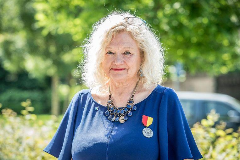 Jennie Vanlerberghe, voorzitter van Moeders voor Vrede is heel blij met de tentoonstelling 'Vrouwen²Woman'.