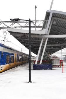 Hoogleraar Ira Helsloot: 'We accepteren bewuste chaos bij winterweer in ruil voor goedkoper treinkaartje'