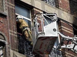 Incendie à Anderlecht: une personne décédée, les pompiers à la recherche d'éventuelles autres victimes