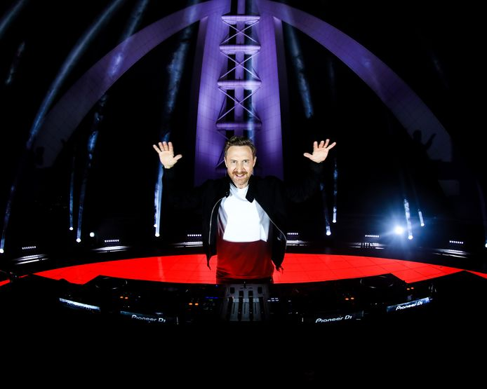 David Guetta voit toujours plus grand.