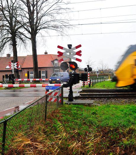 Omwonenden van spoor in Esch krijgen in najaar meer  duidelijkheid over hoe nu verder