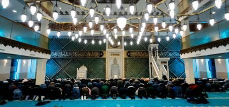 De meest bizarre ramadan ooit door corona: 'De moskee nu niet mogen bezoeken doet pijn'