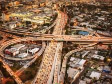 Je double par la droite et je passe ma vie au drive-in: 15 détails surprenants sur la conduite en Californie