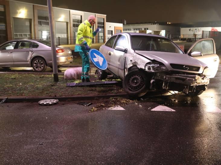 Vijfde ongeluk binnen korte tijd: twee auto's op elkaar gebotst in Oss