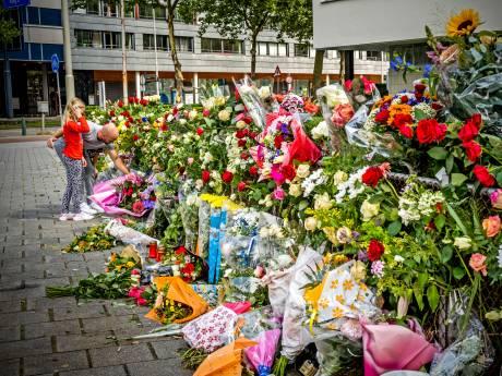 Doodgestoken Rotterdammer (27) geëerd met bloemenzee: 'Dat hém dit nou is overkomen...'