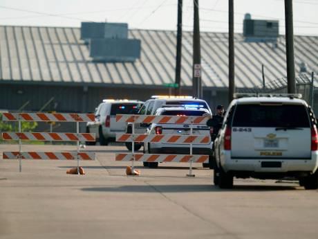 L'employé d'un magasin ouvre le feu sur son lieu de travail: un mort et plusieurs blessés au Texas