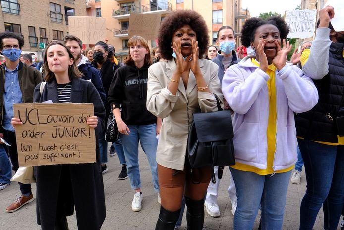 Manifestation à Louvain-la-Neuve pour l'étudiant congolais Junior Masudi Wasso, menacé d'expulsion.