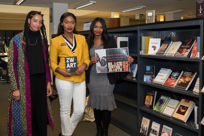 Aminata, Fatoumata en Sana van studentenvereniging African Youth Organization.