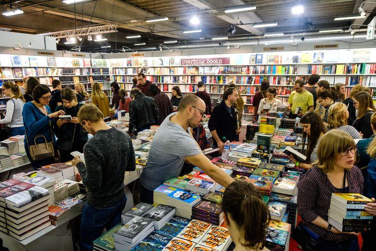 De CPNB kreeg veel kritiek voor de keuze van het Boekenweek-thema 2019: 'de moeder de vrouw'.  Beeld Benoit De Freine