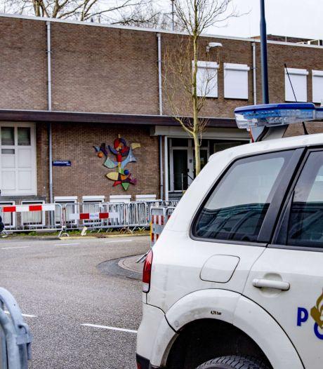 LIVE | Rechtbank vraagt geïrriteerde kroongetuige Nabil B. het 'zakelijk' te houden