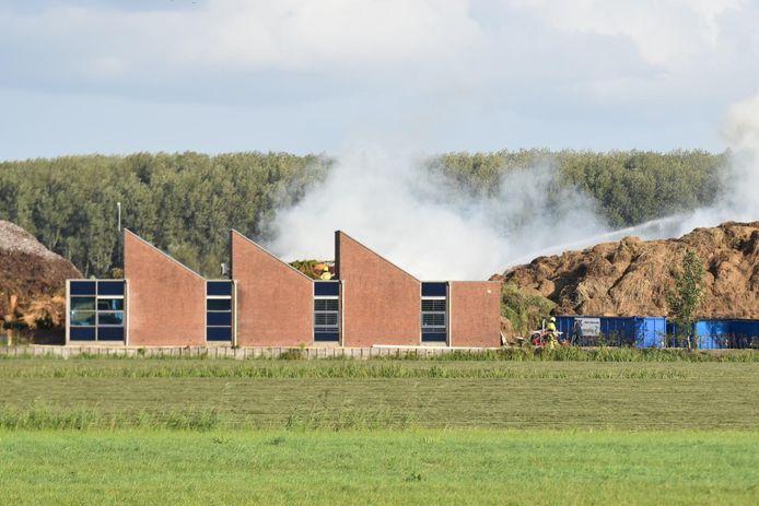 Hooiberg in brand gevlogen in Brakel.