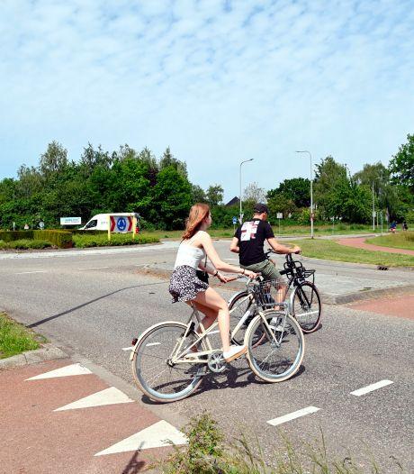 Met nieuwe fietstunnel bij Slagenweg gaat afsluiting Vechtkade Ommen miljoenen kosten
