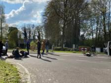 Weer raak op beruchte oversteekplaats Putten: vrouw gewond na aanrijding