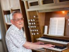 Al bijna veertig jaar trouwe orgeldienst: 'Je ontvangt liefde, maar die moet je wel doorgeven'