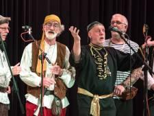 Zingende piraten op Zeekorenfestival in Steenwijk
