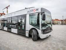 Zien we deze bus, die 'als een krab' kan parkeren, binnenkort vaker in Brugge?