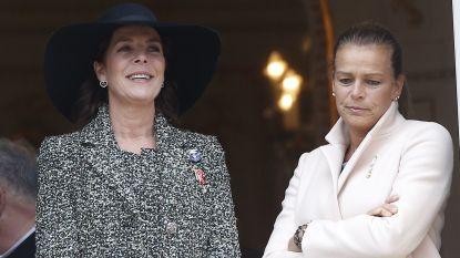 """De zustertwisten van Caroline en Stéphanie van Monaco: """"Ze waant zich net een prinses"""""""