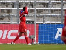 Zirkzee in opspraak bij beloften van Bayern München na rode kaart