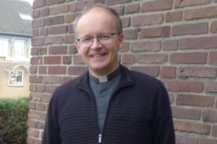 Pastoor Theo Miedema.