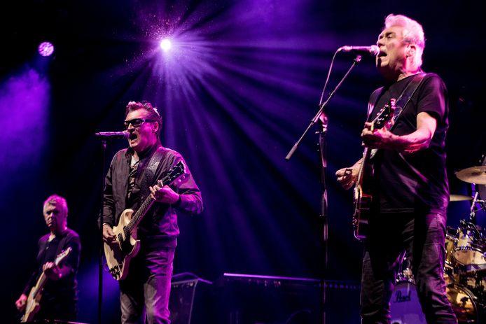 V.l.n.r. bassist Rinus Gerritsen, zanger Barry Hay en gitarist George Kooymans van Golden Earring tijdens hun achteraf laatste concert in Ahoy op 16 november 2019.
