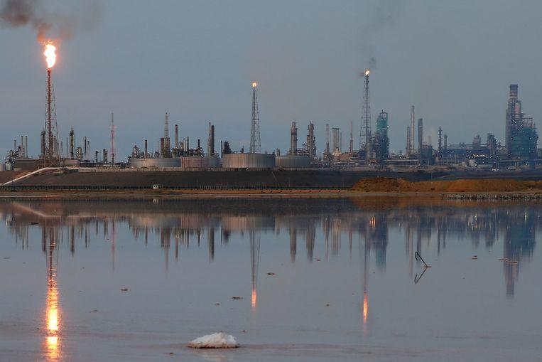 De Amuay raffinaderij in Venezuela.  Beeld REUTERS