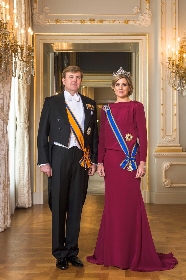 Het officiële staatsportret van koning Willem-Alexander en koningin Máxima, gemaakt door Koos Breukel. Beeld ANP Communique